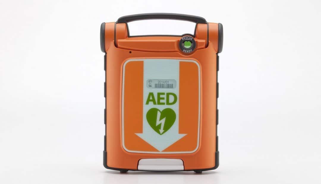 Quelle est la réglementation concernant le défibrillateur?