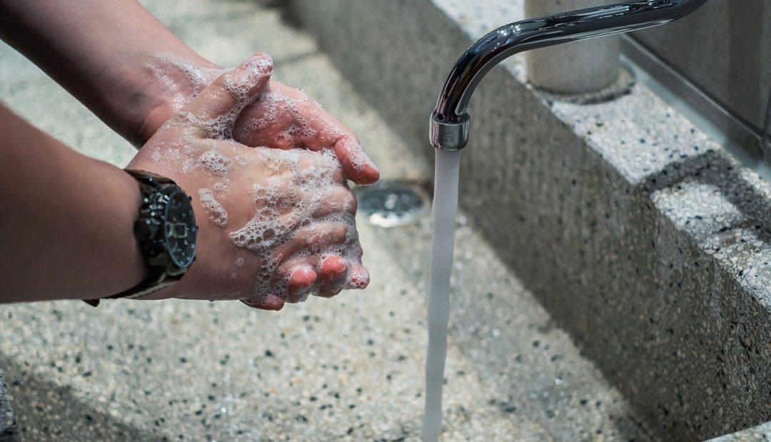 Station de désinfection des mains: comment bien choisir ?